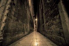 狭窄的街道分裂克罗地亚 库存照片
