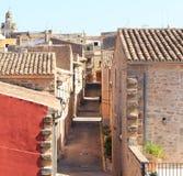 狭窄的街道在帕尔马 免版税库存图片