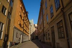 狭窄的街道, Gamla斯坦,老镇,斯德哥尔摩,瑞典 库存图片