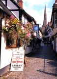 狭窄的街道, Ledbury 免版税库存图片