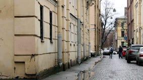 狭窄的街道-圣彼得堡,俄罗斯 影视素材