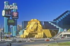 狮子复制品在MGM Grand旅馆的入口的,拉斯维加斯, NV 免版税库存图片