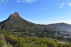 狮子头的看法从桌山的在开普敦,南非 免版税图库摄影