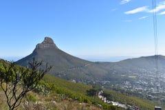 狮子头的看法从桌山的在开普敦,南非 库存照片