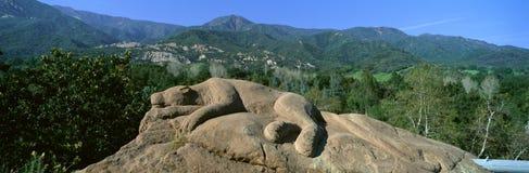 狮子岩石雕塑, 免版税库存照片