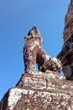 狮子残破的雕象  库存照片