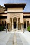 狮子的庭院在阿尔罕布拉宫 库存照片