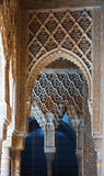 狮子的庭院细节在阿尔罕布拉宫 库存照片