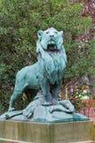 狮子的雕象 免版税库存图片