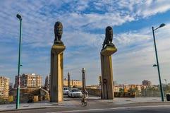 狮子石桥梁是河上的桥埃布罗在Zarag 免版税库存图片