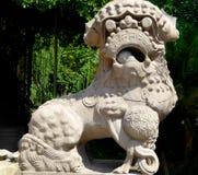 狮子石头雕刻 库存照片
