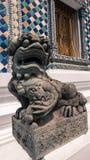 狮子石chiness样式雕塑和泰国艺术建筑学 免版税库存图片