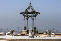 狮子雕象在开罗城堡内站立在开罗在埃及 免版税库存图片