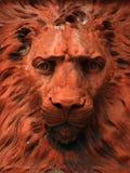 狮子雕象赤土陶器 免版税库存照片