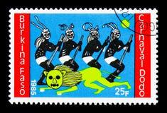 狮子, 4位舞蹈家,渡渡鸟狂欢节serie,大约1986年 免版税库存照片