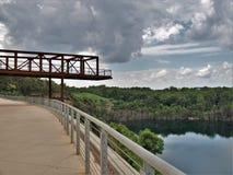 猎物公园的观察台在温斯顿萨兰姆 库存图片