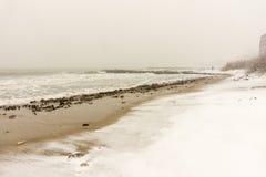猛冲海滩波摩莱,保加利亚, 12月31日 库存图片