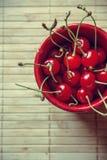 猩红色樱桃 库存照片