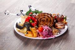 猪肉和菜烤肉 免版税库存照片