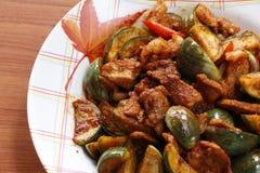 猪肉油煎的茄子咖喱 图库摄影