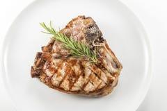 猪肉烤丁骨牛排剁  库存照片