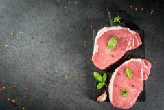 猪肉牛排,内圆角 图库摄影