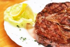 猪肉牛排 免版税库存图片