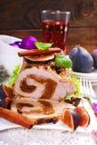 猪肉腰部充塞用圣诞节的无花果 免版税图库摄影