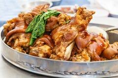 猪肉腿炖煮的食物 库存图片