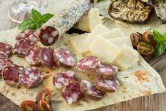 猪肉香肠和其他食物 库存图片