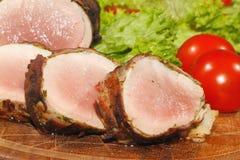 猪里脊肉,猪肉大奖章,烤了,猪肉,肉,烟肉 免版税库存图片