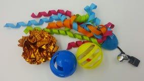 猫五颜六色的玩具 库存图片
