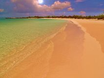 猫海岛黑点海滩 库存图片