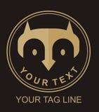 猫头鹰或m信件商标的 免版税库存图片