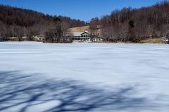 水獭小屋峰顶在冬天 免版税库存照片