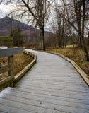 水獭,弗吉尼亚,美国峰顶的木板走道  免版税库存图片