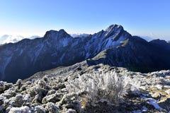 玉山国家公园Mt jady主要峰顶和东部峰顶 免版税库存图片