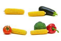 玉米和其他菜在白色背景 免版税库存图片