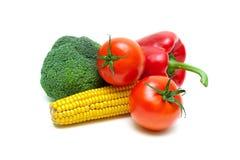 玉米棒子、硬花甘蓝、西红柿和甜椒 免版税图库摄影