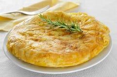 玉米粉薄烙饼de patatas,西班牙煎蛋 免版税库存图片