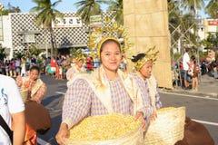 玉米舞蹈演员原始的街道 库存图片