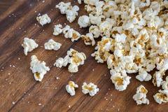 玉米花和盐 库存图片
