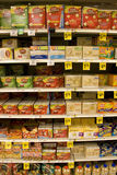 玉米花在商店 免版税库存照片