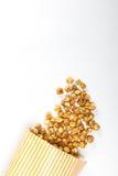 玉米花顶视图在纸箱的 图库摄影