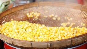 玉米蒸了 亚洲食物街道 股票录像