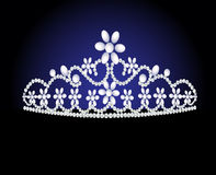 王冠女性珍珠婚礼 库存图片