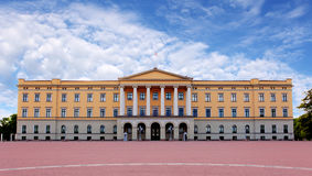 王宫在奥斯陆,挪威 免版税库存图片