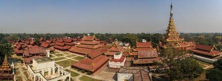 王宫的全景在曼德勒,曼德勒省,缅甸, 库存照片