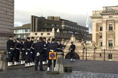 王宫的卫兵在斯德哥尔摩 瑞典 免版税库存照片