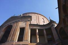 玛丹娜二圣卢卡,小山的古色古香的教会的圣所 免版税图库摄影